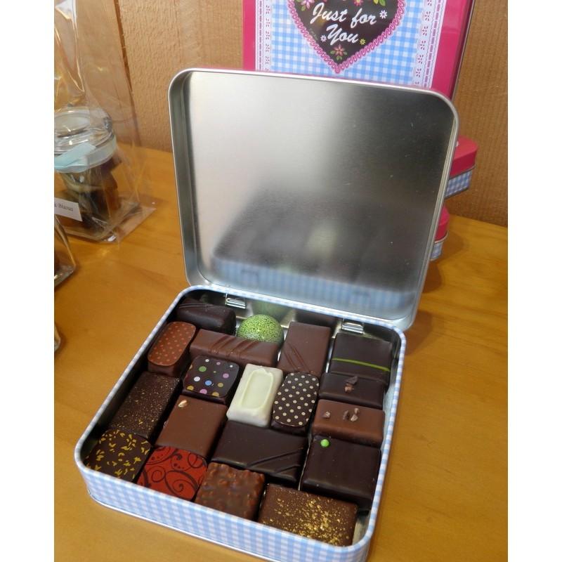 "boite métal ""just for you"" de 19 chocolats"